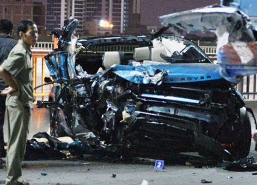 Xe Range Rover đâm container, 1 người chết - Ảnh 1