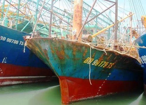 Ngư dân rút đăng ký đóng tàu vỏ thép vì sợ tàu... hỏng - Ảnh 1