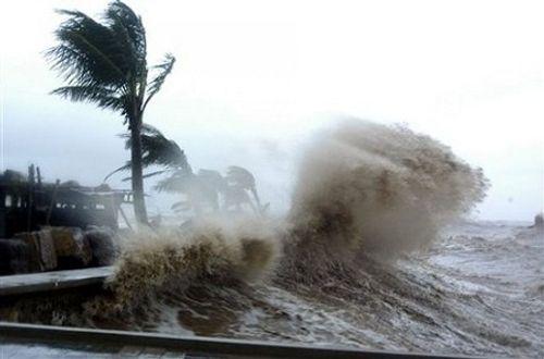 Áp thấp nhiệt đới có khả năng mạnh lên thành bão giật cấp 10, đổ bộ Hải Phòng- Nghệ An - Ảnh 1