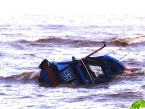 Thanh Hóa gửi công văn hỏa tốc đề nghị tìm kiếm 15 ngư dân mất tích - Ảnh 1