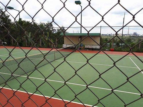 """Bí thư xã gọi điện """"xin phép"""" Bí thư huyện xây sân tennis hơn nửa tỷ? - Ảnh 1"""