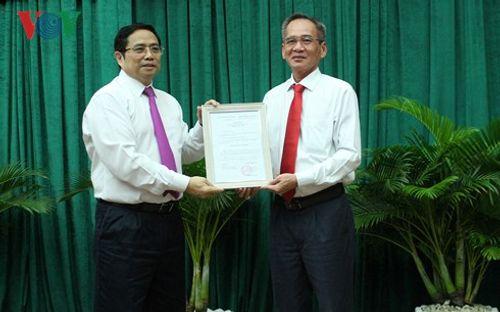 Ông Lữ Văn Hùng chính thức đảm nhiệm vị trí Bí thư Hậu Giang - Ảnh 1
