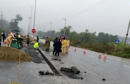 Hiện trường vụ tai nạn giao thông 5 người chết ở Hà Giang - Ảnh 4