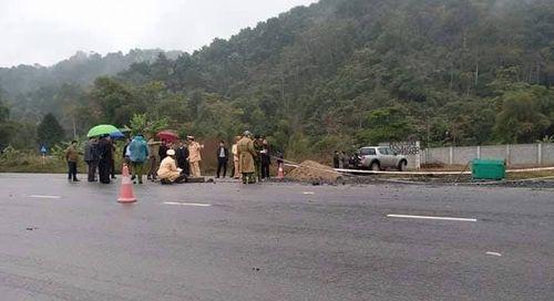 Hiện trường vụ tai nạn giao thông 5 người chết ở Hà Giang - Ảnh 1