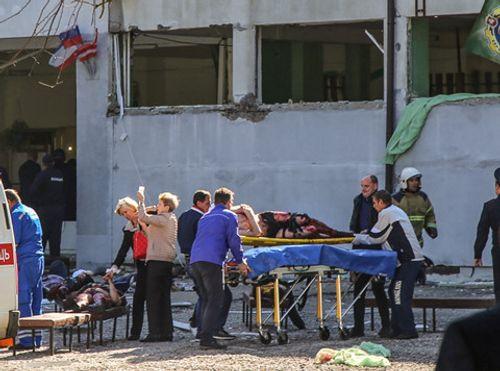 Vụ tấn công đẫm máu trường học ở Crimea: Phát hiện thiết bị nổ thứ 2 - Ảnh 1