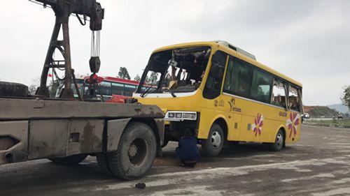Hiện trường vụ tai nạn giao thông ở Đà Nẵng, 13 người thương vong - Ảnh 6