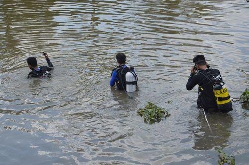 Người phụ nữ mất tích sau khi nhảy sông sáng mùng 5 Tết - Ảnh 1