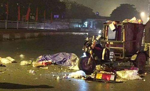 Hà Nội: Va chạm với xe tải, nam công nhân lái xe rác tử vong - Ảnh 1