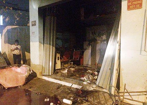 Vụ cháy 2 người chết ở Sài Gòn: Ám ảnh tiếng kêu cứu lúc nửa đêm - Ảnh 1