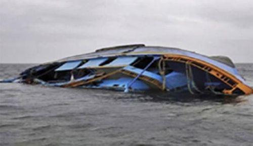 Lật thuyền đánh cá, 2 ngư dân mất tích - Ảnh 1