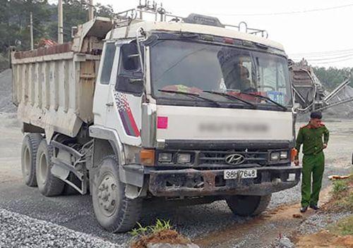 Xe tải không người lái tông chết người - Ảnh 1