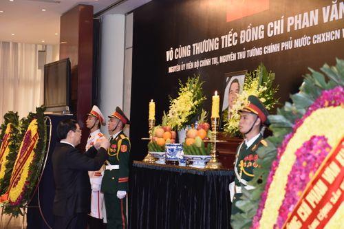 Lễ viếng nguyên Thủ tướng Phan Văn Khải - Ảnh 6