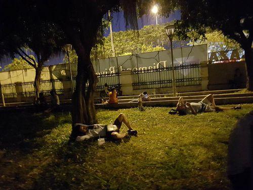 Cháy chung cư cao cấp Sài Gòn, 13 tử vong: Lời kể nạn nhân thoát chết - Ảnh 4