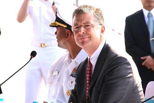 Tàu sân bay Mỹ thăm Việt Nam: Từ cựu thù trở thành đối tác chặt chẽ - Ảnh 2