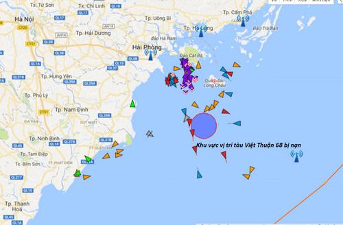 Tàu container đâm va trên biển, 9 thuyền viên thoát nạn - Ảnh 1
