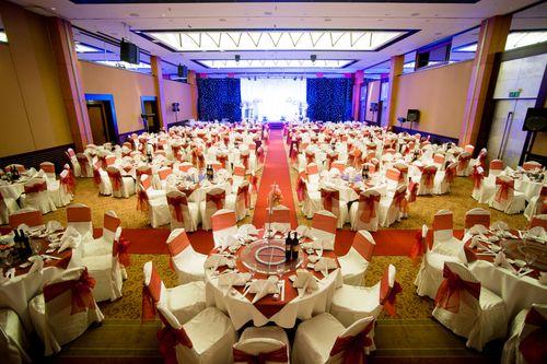 Cán bộ Hà Nội không tổ chức tiệc cưới ở khách sạn 5 sao - Ảnh 1