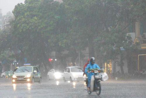 Dự báo thời tiết ngày 2/5: Miền Bắc mưa dông, Nam Bộ nắng nóng 36 độ C - Ảnh 1