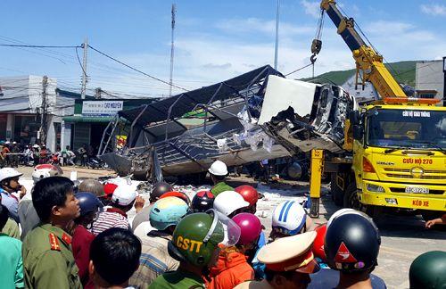 Tin tức mới nhất vụ xe tải tông chết 5 người ở Lâm Đồng - Ảnh 1