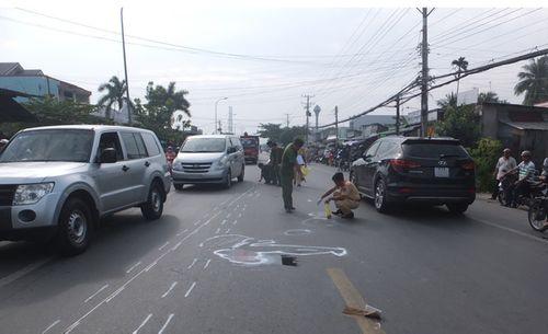 Xe buýt gây tai nạn chết người ở Tiền Giang - Ảnh 1
