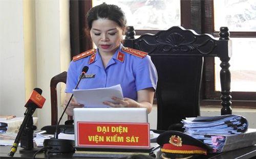 Xét xử vụ bác sĩ Hoàng Công Lương: VKS đề nghị trả hồ sơ điều tra bổ sung - Ảnh 1