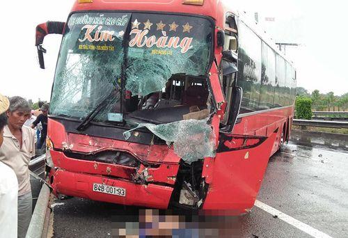 Tai nạn liên hoàn trên cao tốc TP.HCM - Trung Lương, 1 người tử vong - Ảnh 1