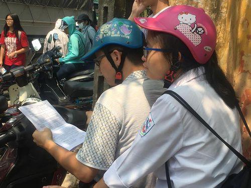 """""""Lộ đề mà cố nói lọt, sở GD&ĐT Hà Nội đang né tránh nhiệm?"""" - Ảnh 1"""