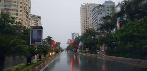 Bão Sơn Tinh suy yếu thành áp thấp nhiệt đới, cảnh báo lũ quét ở Thanh Hóa, Nghệ An - Ảnh 2