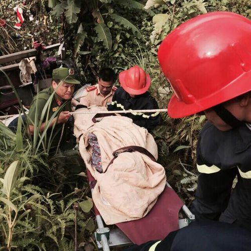 """Nạn nhân may mắn sống sót vụ lật xe khách ở Cao Bằng: """"Không hiểu vì sao văng khỏi xe"""" - Ảnh 2"""