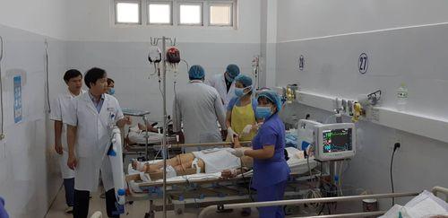 Tình hình sức khỏe của nạn nhân vụ tai nạn thảm khốc khi đi đón dâu ở Quảng Nam - Ảnh 1