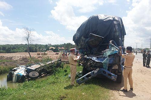 Tai nạn giao thông nghiêm trọng ở Bình Dương, 3 người tử vong - Ảnh 1
