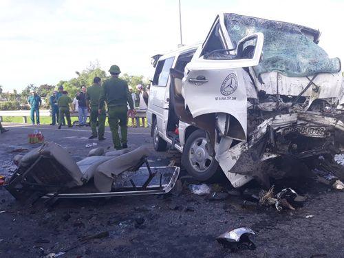 Vụ tai nạn 13 người chết ở Quảng Nam: Chủ xe cũ có phải chịu trách nhiệm? - Ảnh 1