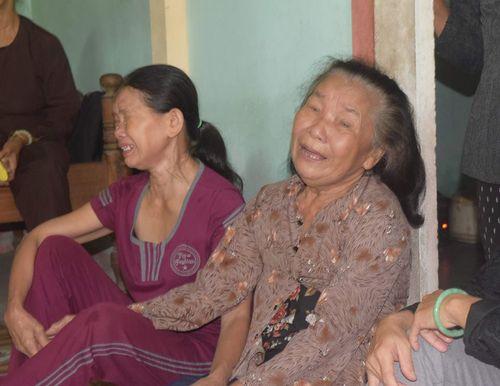 Vụ tai nạn ở Quảng Nam: Mẹ ôm cháu tật nguyền khóc nghẹn gọi con - Ảnh 3