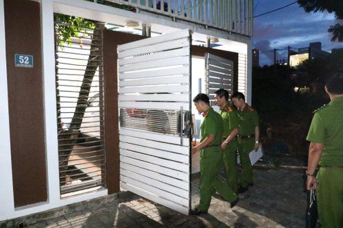 Chiếc valy bí ẩn cảnh sát mang khỏi nhà nguyên Chánh văn phòng Thành ủy Đà Nẵng - Ảnh 1