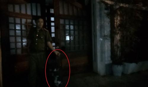 Chiếc valy bí ẩn cảnh sát mang khỏi nhà nguyên Chánh văn phòng Thành ủy Đà Nẵng - Ảnh 3