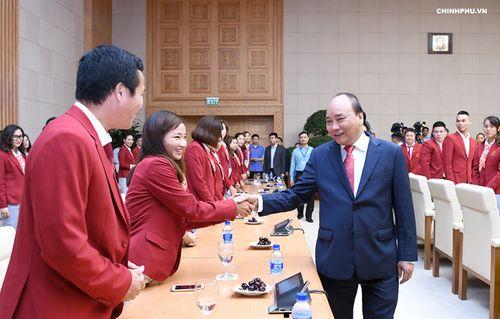 Thủ tướng Nguyễn Xuân Phúc gặp mặt đoàn thể thao Việt Nam dự ASIAD 18 - Ảnh 1
