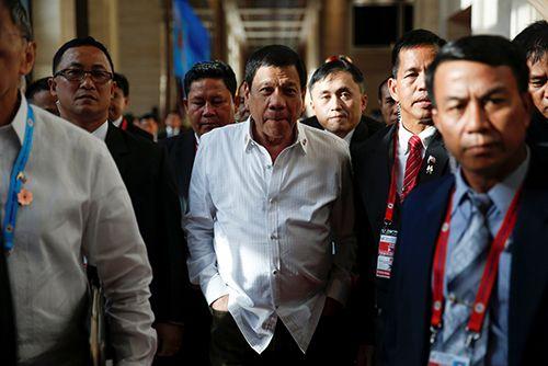 Sau 2 năm, Tổng thống Philippines gửi xin lỗi ông Obama - Ảnh 1