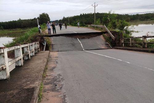 Vụ sập cầu ở Bình Thuận: Xác định nguyên nhân ban đầu - Ảnh 1