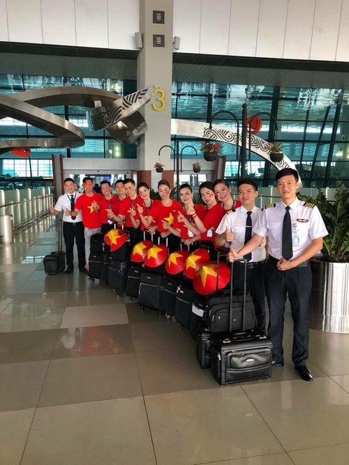 Tiết lộ thú vị trên chuyến chuyên cơ chở đội tuyển Olympic Việt Nam về nước - Ảnh 2