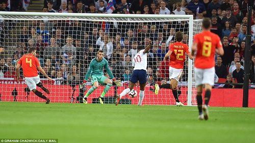 Anh thua ngược Tây Ban Nha ngay tại Wembley - Ảnh 2