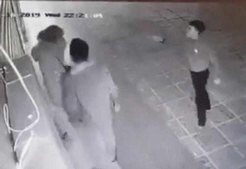 Vụ cô gái bị đánh dã man ở chung cư Linh Đàm: Nạn nhân tiết lộ sốc - Ảnh 2