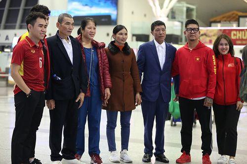 """Bố cầu thủ Văn Hậu: """"Hoàng- Hậu sẽ tỏa sáng và Việt Nam chiến thắng với tỷ số 2-1"""" - Ảnh 1"""