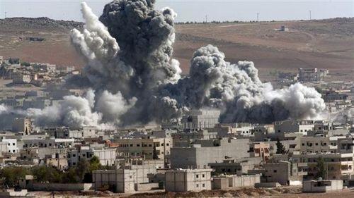 Tình hình Syria: Liên quân bị cáo buộc không kích khiến 8 phụ nữ và trẻ em thiệt mạng - Ảnh 1