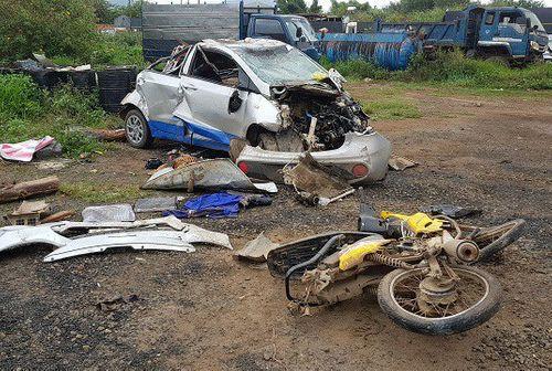 Khởi tố nữ tài xế say rượu, lái ô tô tông chết 3 người - Ảnh 1