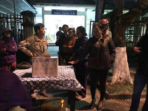Vụ 3 người tử nạn trên sông Hoài: Tình người ở Hội An lay động hàng triệu trái tim  - Ảnh 2