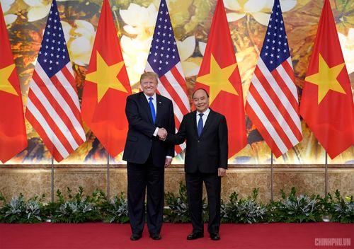 Thủ tướng Nguyễn Xuân Phúc đón Tổng thống Hoa Kỳ Donald Trump - Ảnh 7