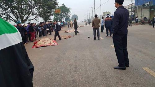 Vụ xe khách đâm đoàn đưa tang ở Vĩnh Phúc: Số người tử vong tăng lên 7 - Ảnh 1