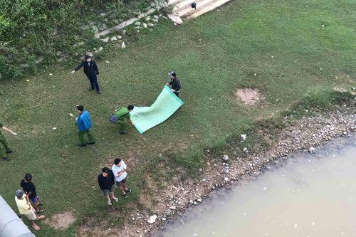 Tá hỏa phát hiện nữ sinh lớp 8 nổi trên sông ở Quảng Trị - Ảnh 1