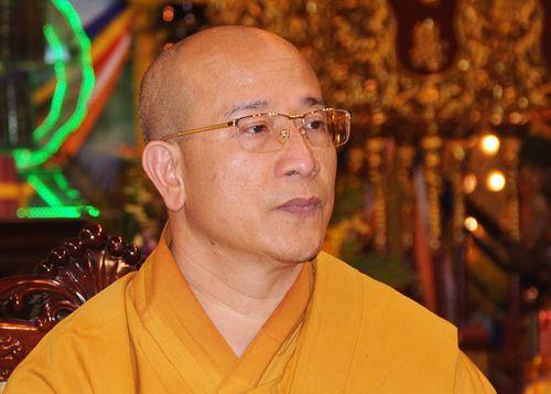 Trụ trì chùa Ba Vàng bị tạm đình chỉ những chức vụ gì trong Giáo hội Phật giáo Việt Nam? - Ảnh 1
