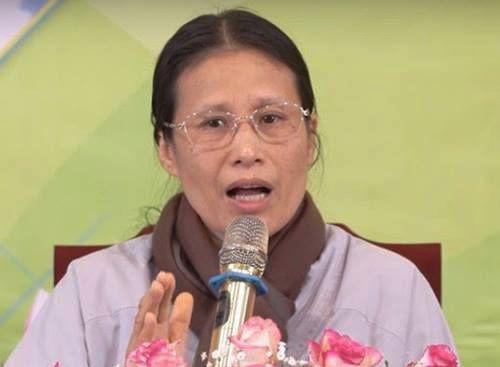 Mẹ nữ sinh giao gà ở Điện Biên nhận được nhiều tin nhắn gạ gẫm cúng vong - Ảnh 2