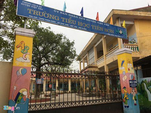 """Thầy giáo bị """"tố"""" dâm ô 13 nữ sinh ở Bắc Giang: """"Tôi có vỗ mông học sinh"""" - Ảnh 2"""